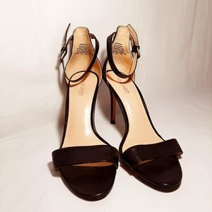 NINE WEST STRAPPY LEATHER HIGH HEELS 8.5
